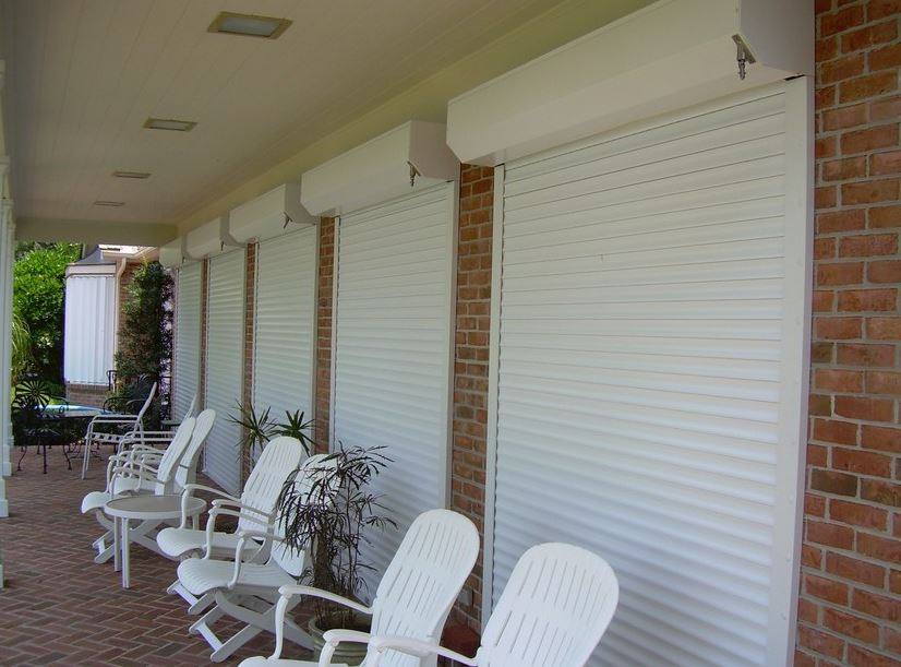 8 Reasons to Get Impact Windows instead of Storm Shutters